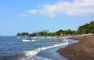 пляжи бали ловина